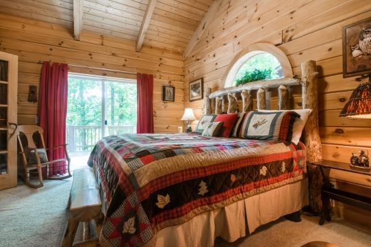Elk Horn Cabin - 2nd Master Bedroom 2