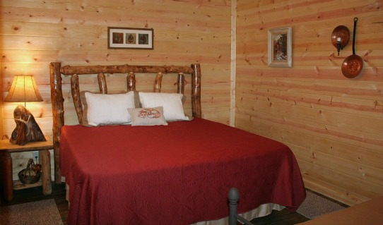 Owl's Nest Cabin - Bedroom 8